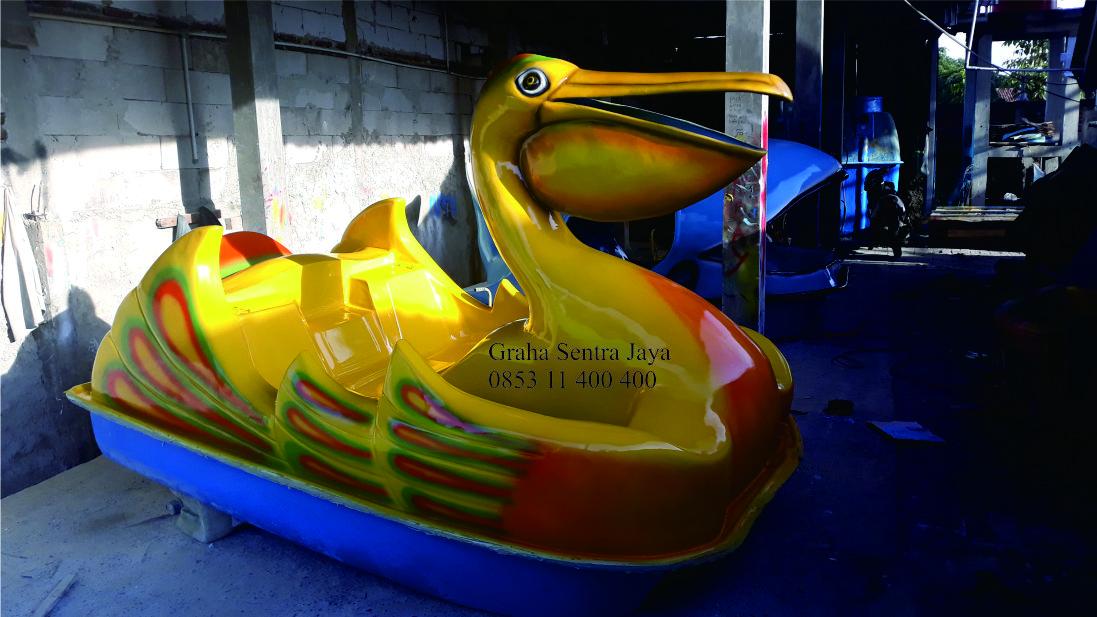 sepeda air fiberglass model burung pelican